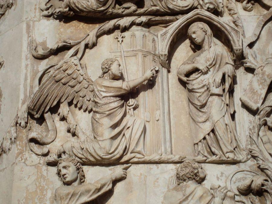Annonciation - Façade de la cathédrale d'Orvieto - CC LPLT